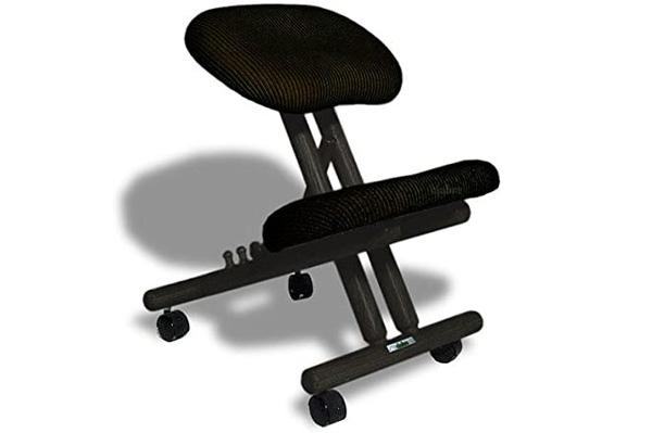 Cinius chaise assis genoux avis